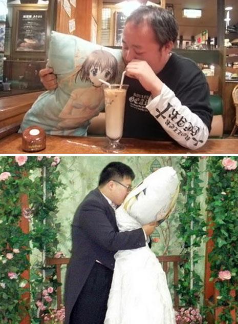 man_marries_pillow